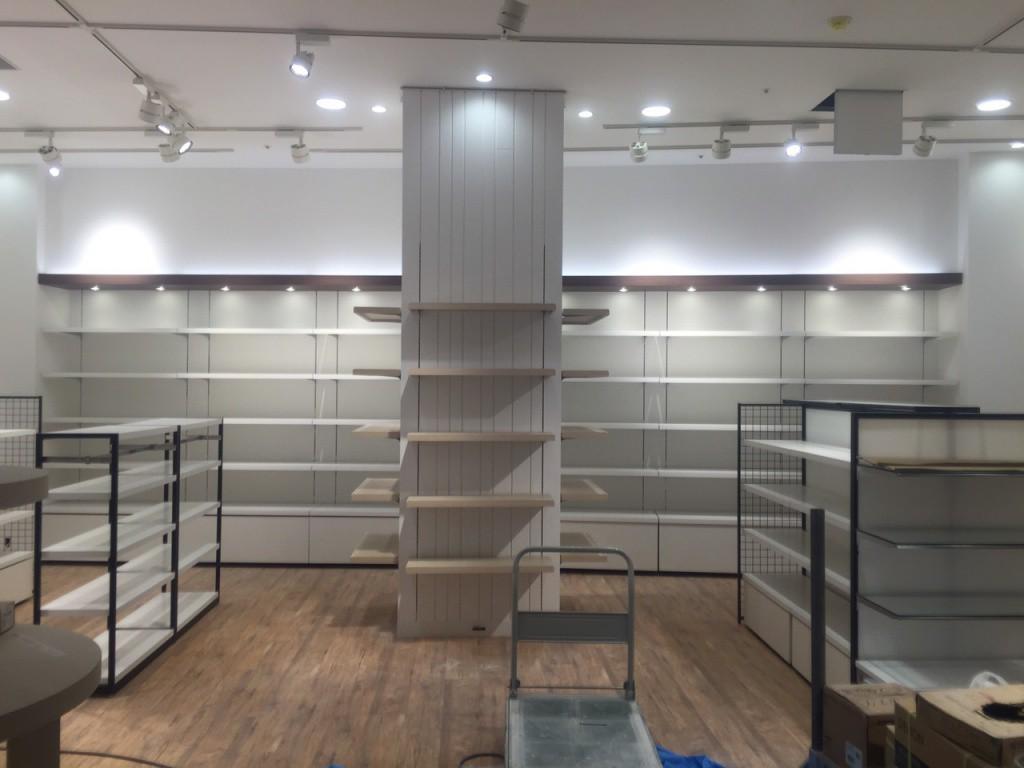 海老名市 大型商業施設 内部塗装工事