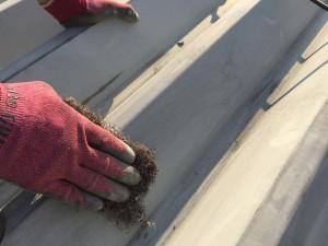 折半屋根ケレン清掃