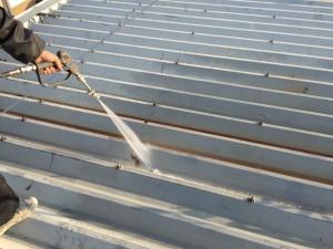 国立市折半屋根塗装 高圧洗浄